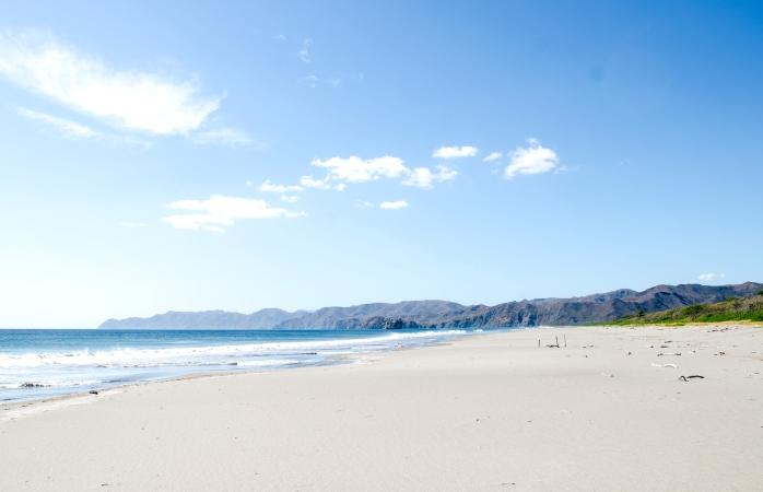 A lindíssima Praia Naranjo no noroeste da Costa Rica
