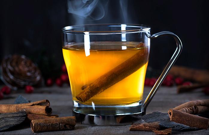 Inverno num copo quente, um hot toddy é uma óptima bebida para combater a nuvem negra pós-festas.
