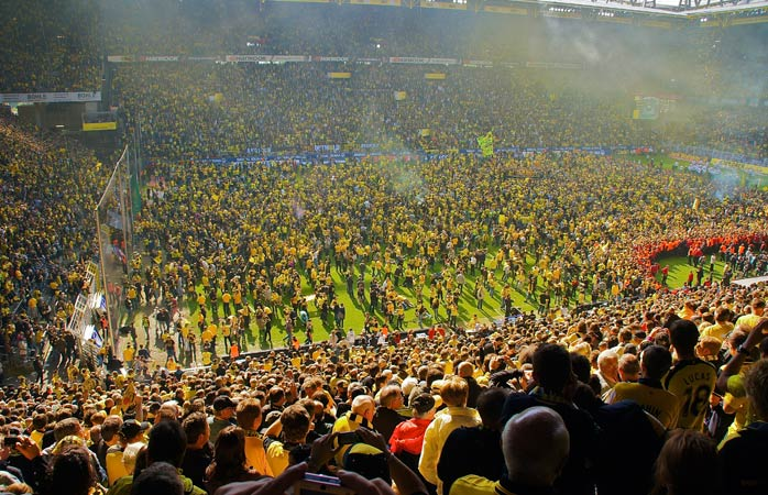 A Black Yellow Army alemã ao rubro!