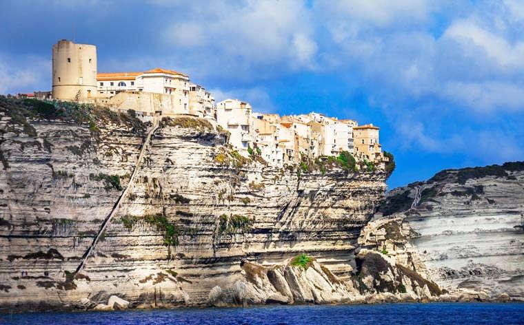 Férias na Córsega: uma road trip pela ilha francesa