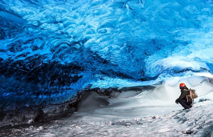 As grutas glaciares em Vatnajökull são estonteantes