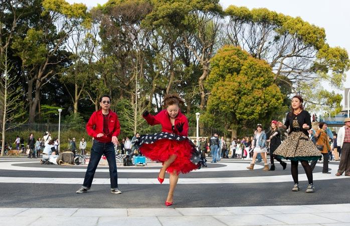Parque Yoyogi: se te deixares ficar tempo suficiente, pode ser que apanhes um espectáculo