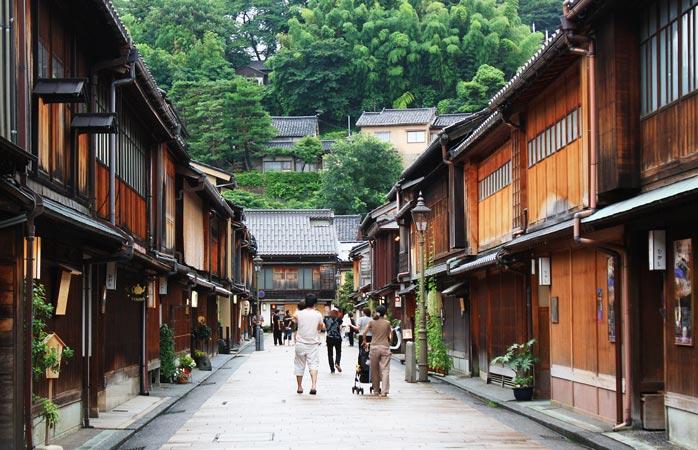 Aprende sobre a vida das geishas no distrito Higashi Chaya