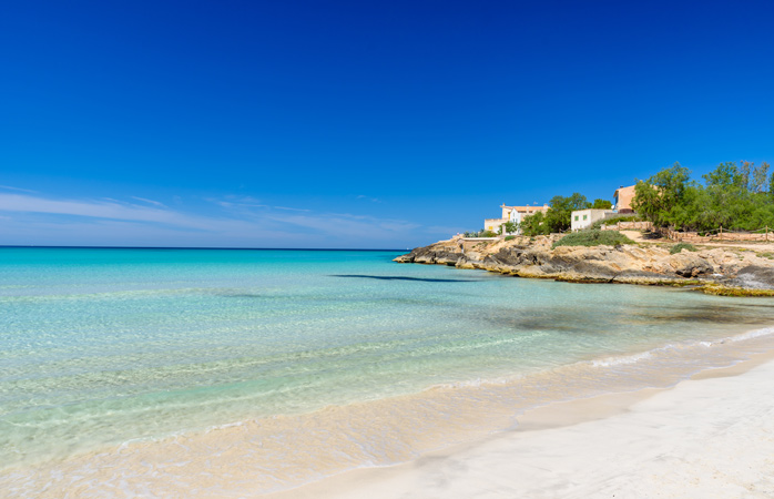 Sol, mar, areia: as melhores praias escondidas na Europa