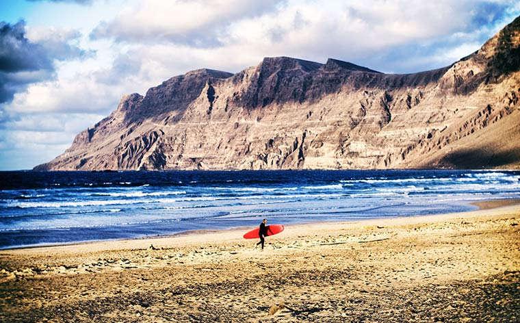 As Ilhas Canárias desvendadas: Lanzarote – a irmã desportiva, sustentável e fogosa