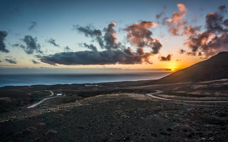 As Ilhas Canárias desvendadas: uma viagem épica pelas paisagens vulcânicas de Fuerteventura
