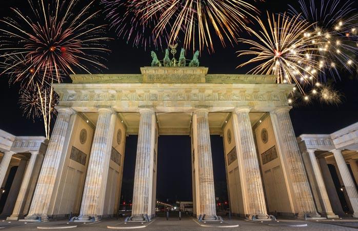 Vai até ao Portão de Brandemburgo para veres o fogo-de-artifício na Véspera de Ano Novo
