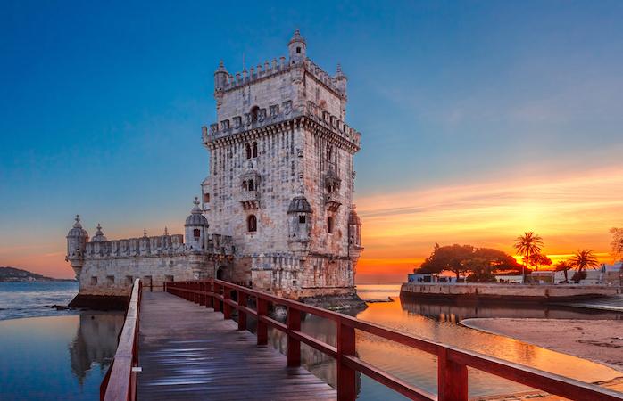 A Torre de Belém juntamente com o Tejo e o por do sol