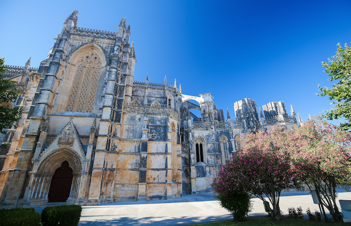 Vista lateral do Mosteiro da Batalha. Uma das 7 maravilhas de Portugal