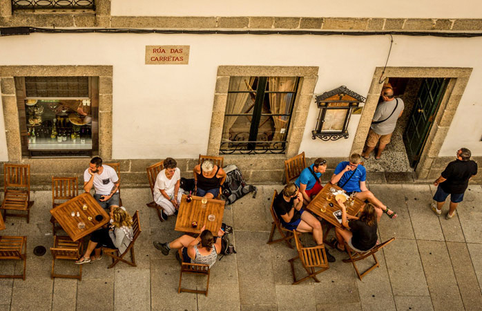 Road trip Portugal - Os peregrinos merecem descanso após completar o Caminho de Santiago