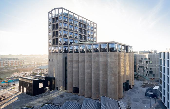 O Museu Zeitz de Arte Contemporânea de África é a mais recente adição ao panorama artístico global
