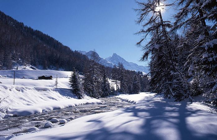 A menos conhecida Lenzerheide, tem algumas das mais reputadas estâncias de ski da Suíça