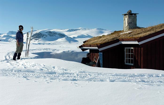 Voltando para casa depois de um dia ocupado com esqui de fundo