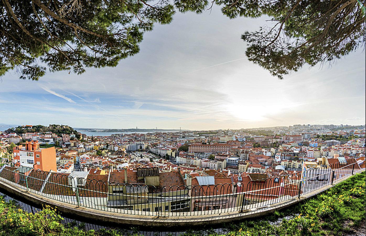 Dos miradouros de Lisboa com uma das melhores vistas sobre a cidade