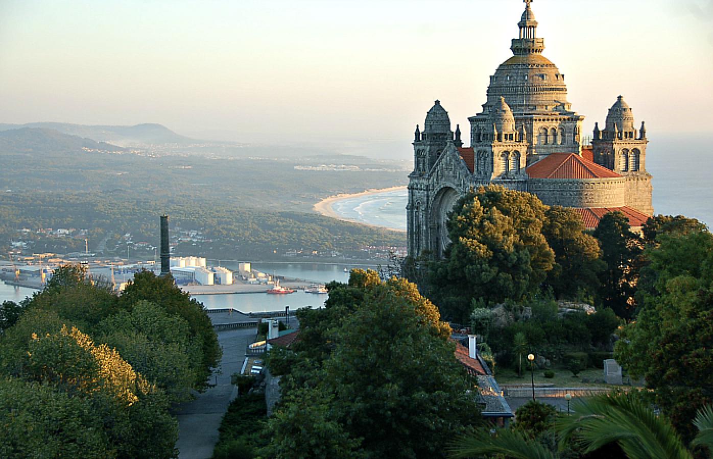 Uma das vistas possíveis desde este miradouro que possibilita uma vista 360º da cidade de Viana
