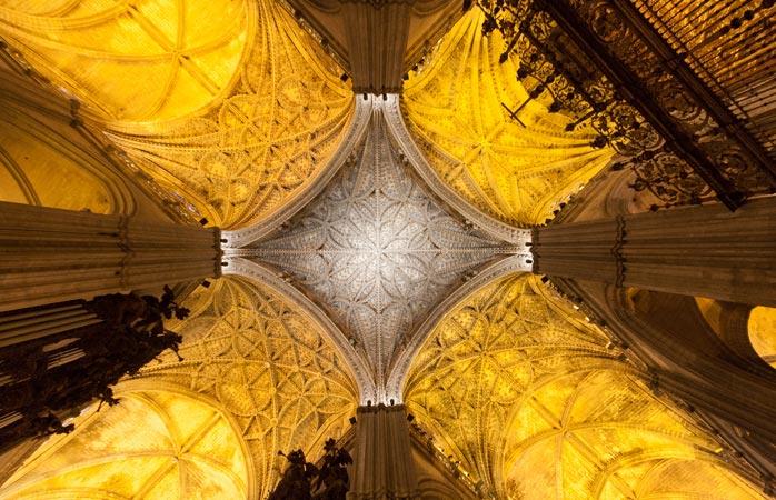 Sevilha tem a maior catedral gótica do mundo, a Catedral de Santa Maria da Sé
