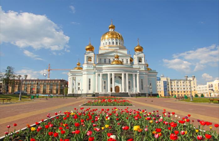 Em Saransk, podes vistiar a Catedral de S. Fedor Ushakov antes do jogo de Portugal.