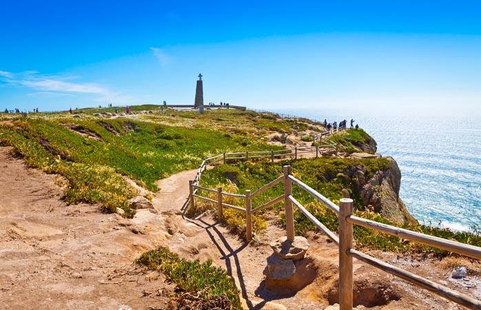 O Cabo da Roca - o ponto mais ocidental da Europa, integra o Parque Natural de Sintra-Cascais.