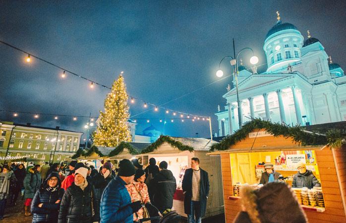 Conhece o Pai Natal em pessoa no Mercado de Natal de Helsínquia