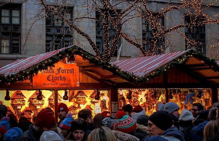 Sim, há mercados de Natal excelentes fora da Europa, e não menos importante, o Chriskindlmarket de Chicago