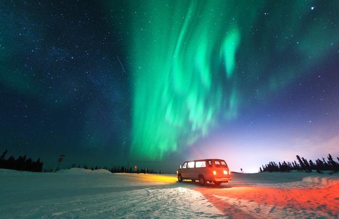 Põe-te confortável e espera para ver o espetáculo de luzes em teu redor