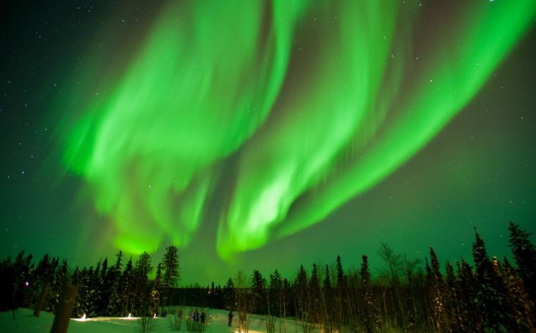 Céus noturnos cheios de cor: descobre os melhores lugares para ver a aurora boreal