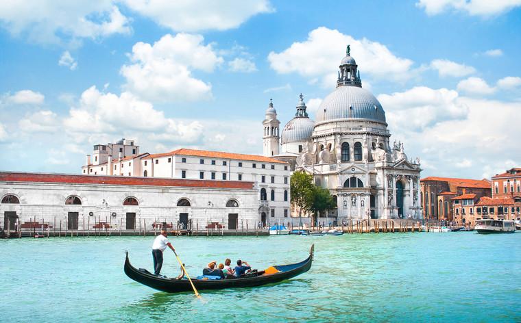Férias da Páscoa 2019: 7 destinos baratos para viajares