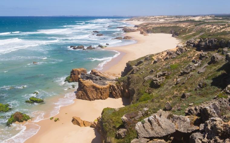 Praias na Costa Alentejana: 6 praias secretas para as férias