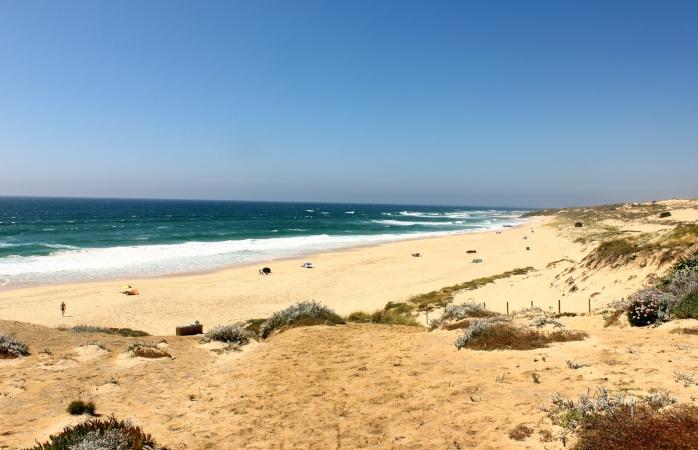 Uma das mais extensas e bonitas praias da Costa Alentejana