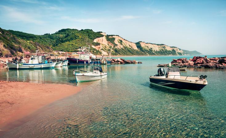 Das ilhas gregas mais conhecidas, Corfu tem tudo aquilo que procuras para relaxares e divertires.