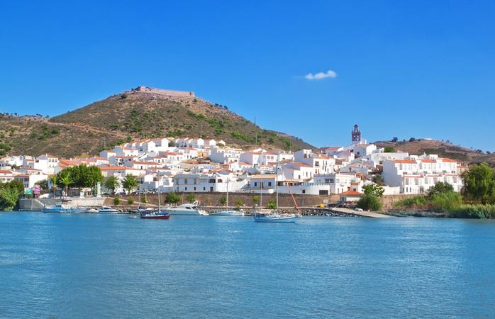 De Alcoutim podes chegar a Espanha facilmente