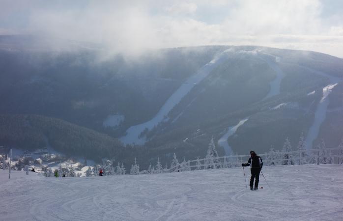 Imagina-te a esquiar low-cost em Spindleruv Mlyn.