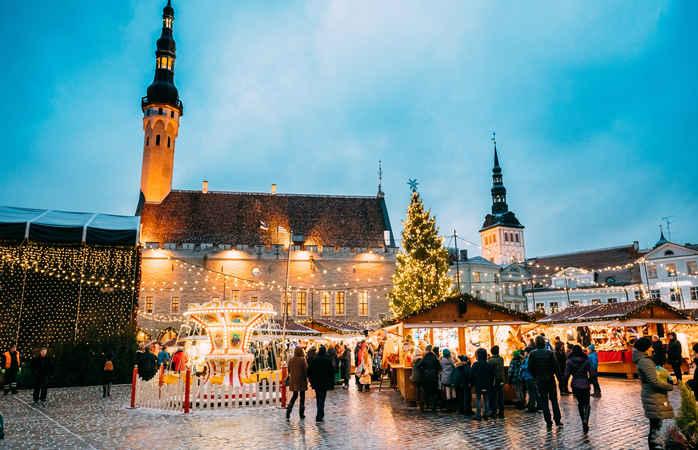 Simpático e encantador: o Mercado de Natal de Tallinn.