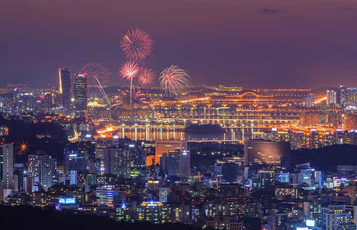 Seoul vista de cima durante o fim do ano na Ásia.